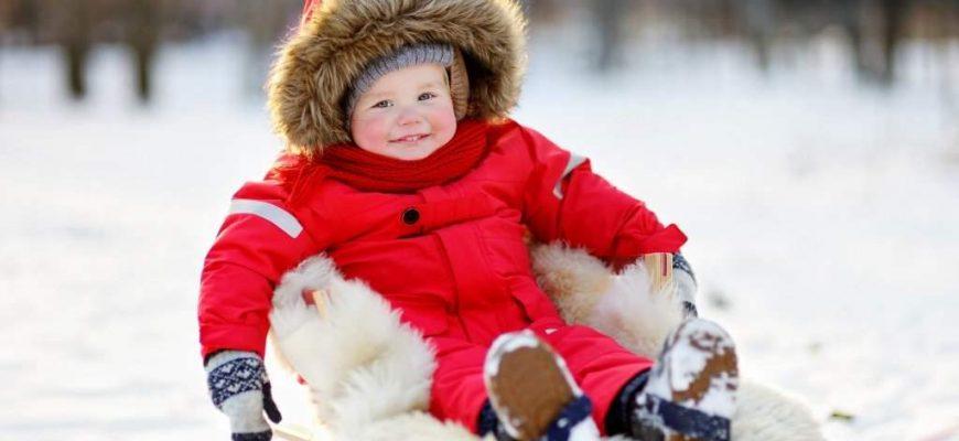 Как одеть ребенка зимой?