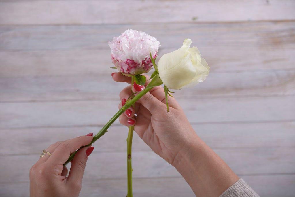 Как сделать будет невесты из живых цветов своими руками?