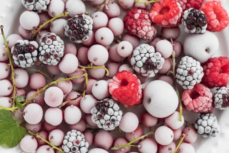 Можно ли повторно замораживать фрукты? Как правильно это сделать?