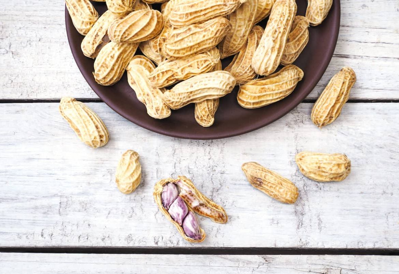 Как разогреть вареный арахис?