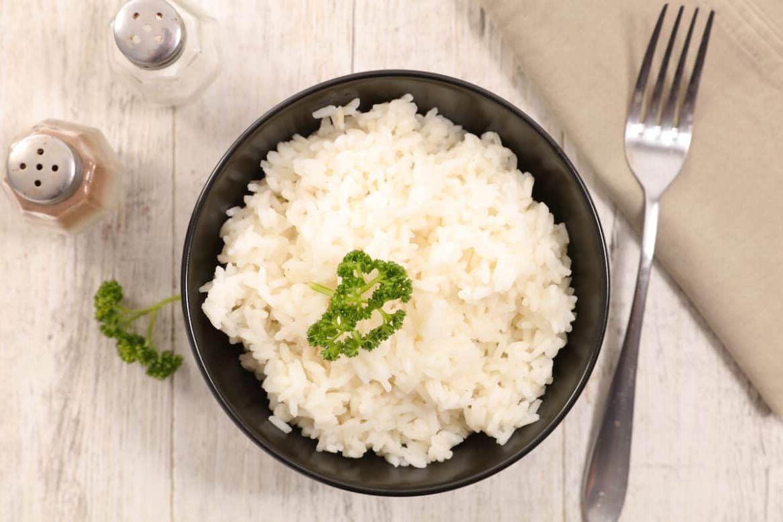 Как разогреть рис в микроволновке: 3 лучших способа
