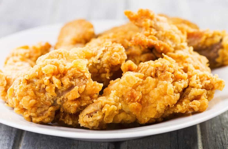 Сколько можно хранить жареную курицу и как правильно это делать