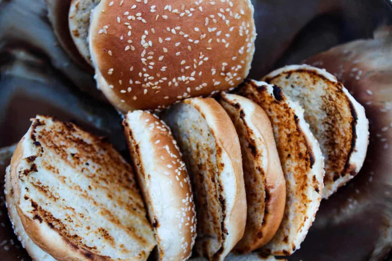 Как поджарить булочки для бургеров: лучший способ