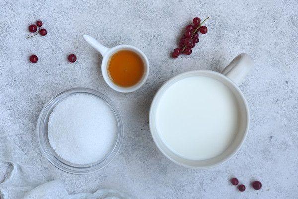 Пошаговый рецепт домашнего ванильного мороженого без сливок