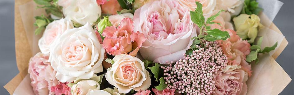 Какие цветы подарить на день матери?