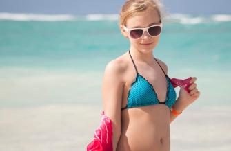 Как выбрать купальник для ребенка: особенности и нюансы