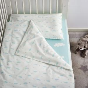 Какое детское постельное белье выбрать: материалы, свойства и размеры
