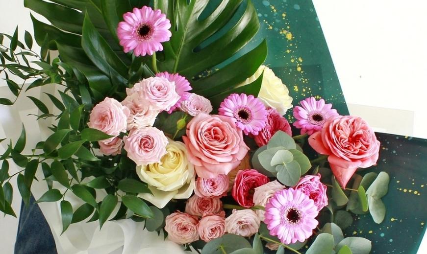 Как выбрать красивый букет для мамы или бабушки?